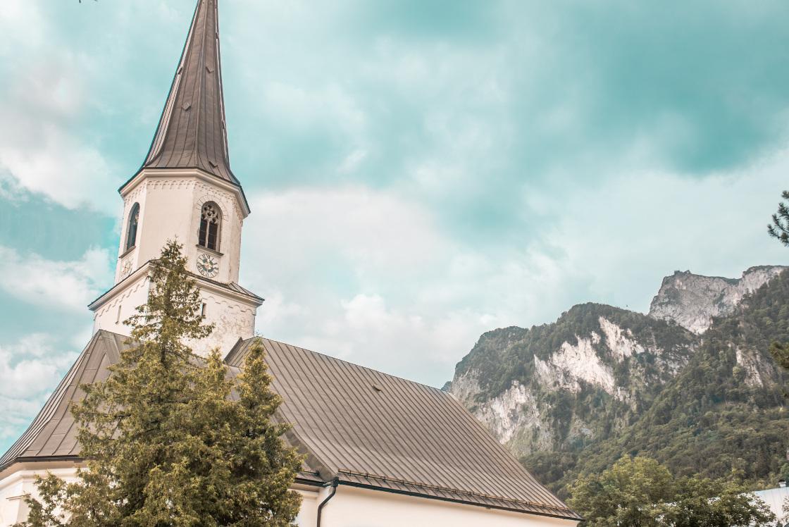 Pfarrkirche Grödig © Michael Rieß