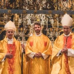 Dankfest zum Abschluss der Restaurierung der Michaelskirche mit Altarweihe