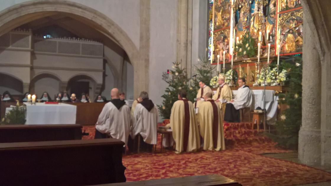 Am Tag beim Pontifikalamt. Eine besondere Freude war, Weihnachten zusammen mit den Nonnberger Schwestern zu feiern. © Erzabtei
