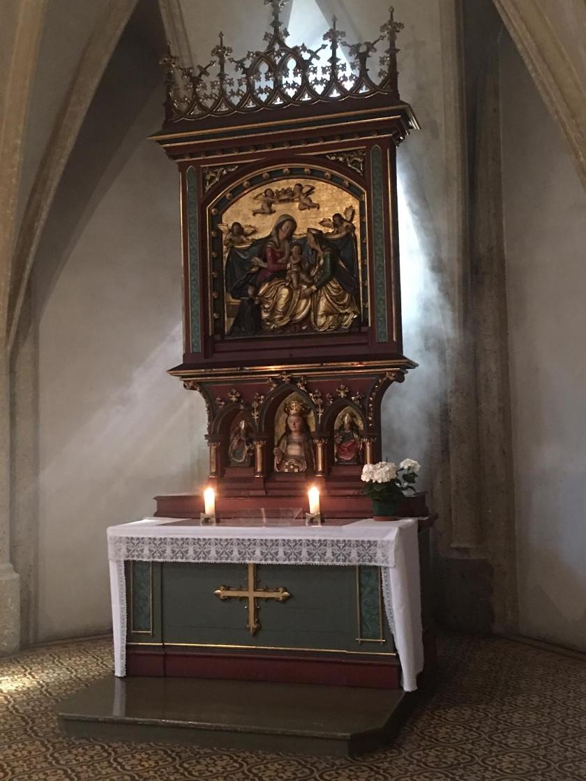 Pfingstliche Stimmung in der Stiftskirche Nonnberg © Erzabtei