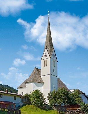 Außenansicht Pfarrkirche zum hl. Laurentius in Embach