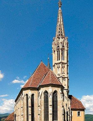 Blick zur Wallfahrtskirche von Südosten