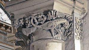 Drachenkapitell, spätromanisch, um 1220