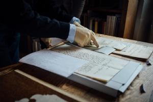 Archivarbeit im Stift St. Peter © Erzabtei