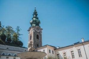 Kloster Brunnen und Kirchturm © Michael Rieß