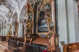 Kloster Stiftskirche Grab des Hl. Rupert Rupertusgrab © Michael Rieß
